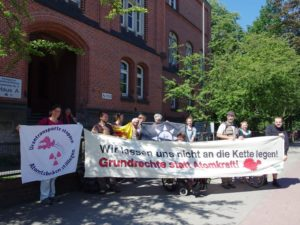 Solidarität vor dem Amtsgericht Hamburg Harburg